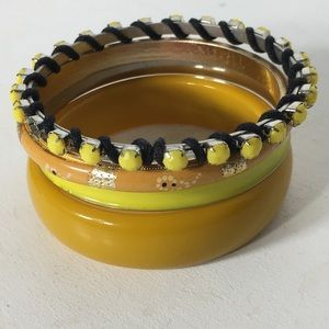 Jewelry - ⏰ Vintage to Now Mix Yellow/Golds Bangles Lot